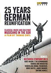 25 Years German Reunification [2 DVDs] - Ein Unterrichtsmedium auf DVD